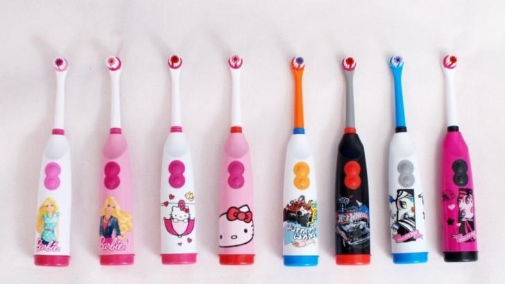 Електрична зубна щітка для дітей від 3-7 років на батарейках  огляд ... f4f6da8def262